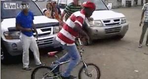 Pewnie i tak ma kradziony rower...