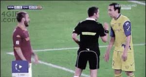 Piłkarze przerastają kobiety w udawaniu!