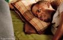Gdy specjalnie kładziesz się szybko spać, ale od trzech godzin nie możesz zmrużyć oka