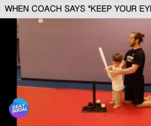 """Kiedy trener mówi """"patrz na piłkę"""""""