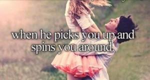 Kiedy on Cię podnosi i okręca dookoła