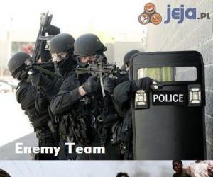 Przeciwnicy vs moja drużyna