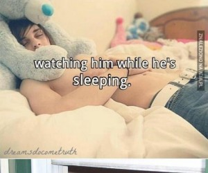 Jest taki słodki, gdy śpi