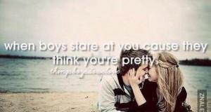 Gdy chłopaki przyglądają się Tobie, bo uważają, że jesteś śliczna
