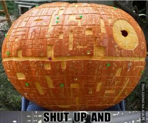 To nie dynia! To statek kosmiczny!