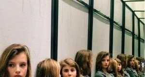Ile dziewczyn jest na zdjęciu?