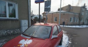Samochód prawdziwego Polaka patrioty
