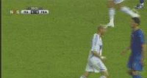 Zidane i  Materrazi oczami prasy