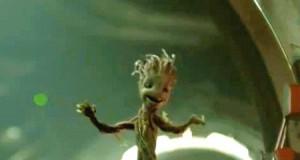 Mały tańczący Groot