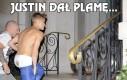 Justin dał plamę...