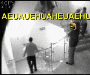 Jak NIE używać schodów