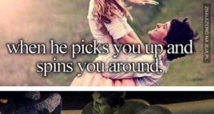Gdy Cię podnosi i obraca dookoła...