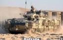 Brytyjski czołg na zewnątrz i w środku