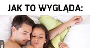 Spanie z dziewczyną
