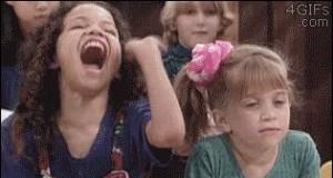 Kiedy ktoś przesadnie się śmieje z suchara nauczycielki