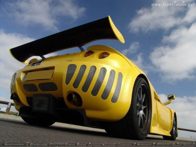 Dupka samochodu xd.