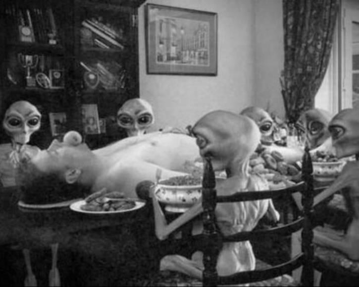 Kosmici jedzo