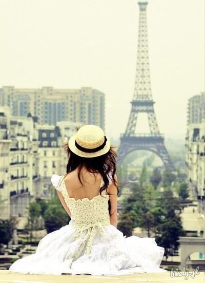 Paryż $.$