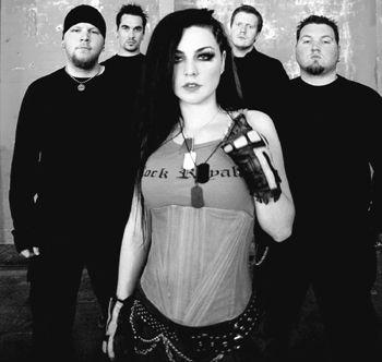 Evanescence cała grupa.