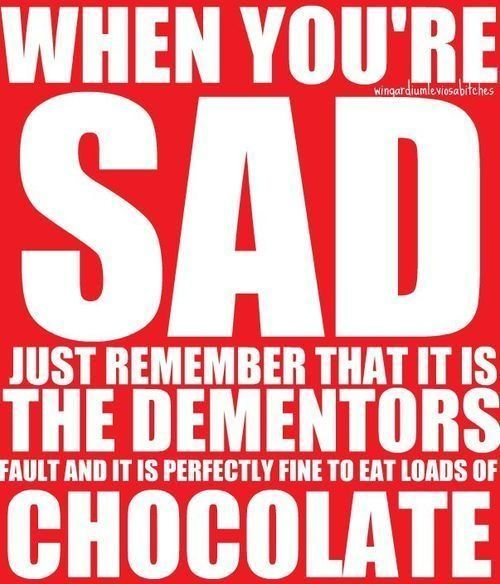 Zawsze jest dobry czas na zjedzenie czekolady .